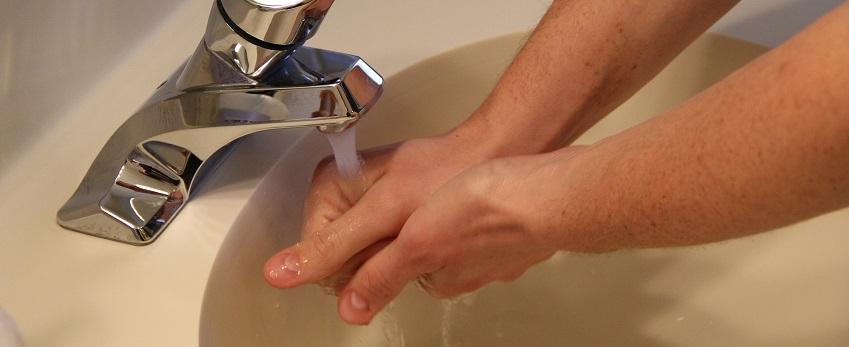 Heizkosten sparen Hände Waschen
